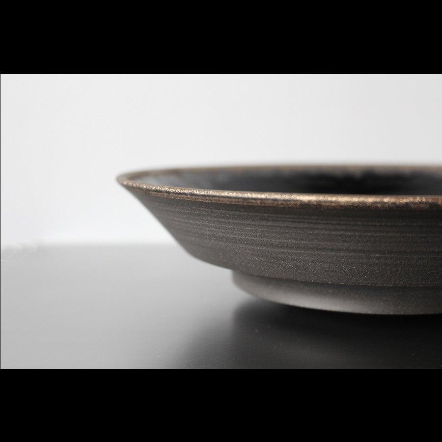 黒と銅の重厚感あるスタイリッシュな器 陶芸作家【望月薫】 Bronze Lip Bowl