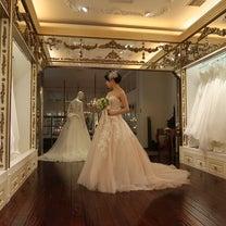 これがブライアン・チェンのウェディングドレスです!|ドレスショップの旅の記事に添付されている画像