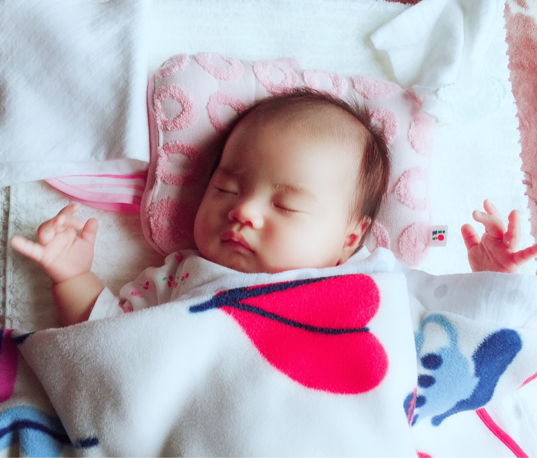 つく 赤ちゃん ビク