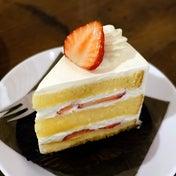 菓子工房ルスルスのいちごのショートケーキ