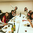 「綺麗な女性のワイン…