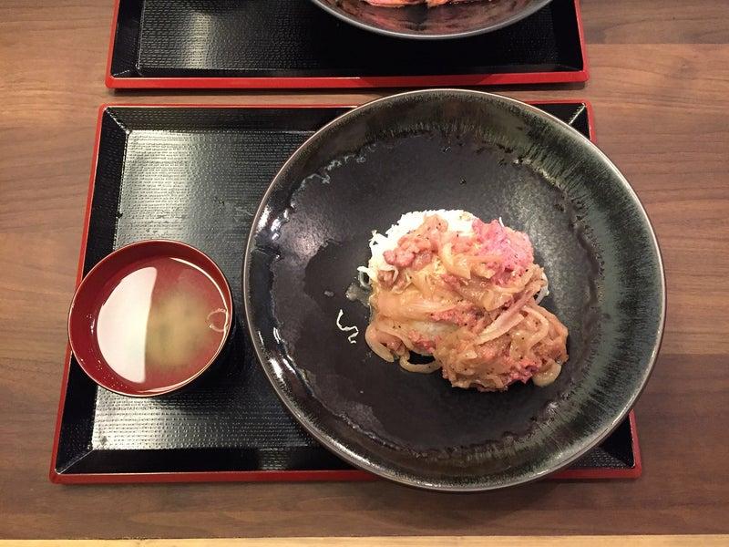 くろべこ牛生姜焼き丼・鬼