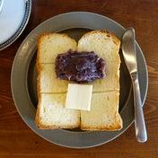 ハミングバードコーヒーの雰囲気の良いあんバタートースト