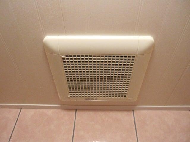トイレ の 換気扇 掃除 トイレの換気扇掃除のやり方 レスキューラボ