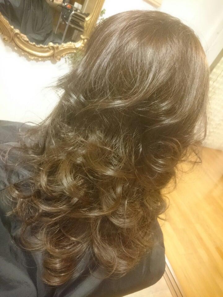 髪の毛を巻いた画像