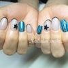Black × stripe nailの画像