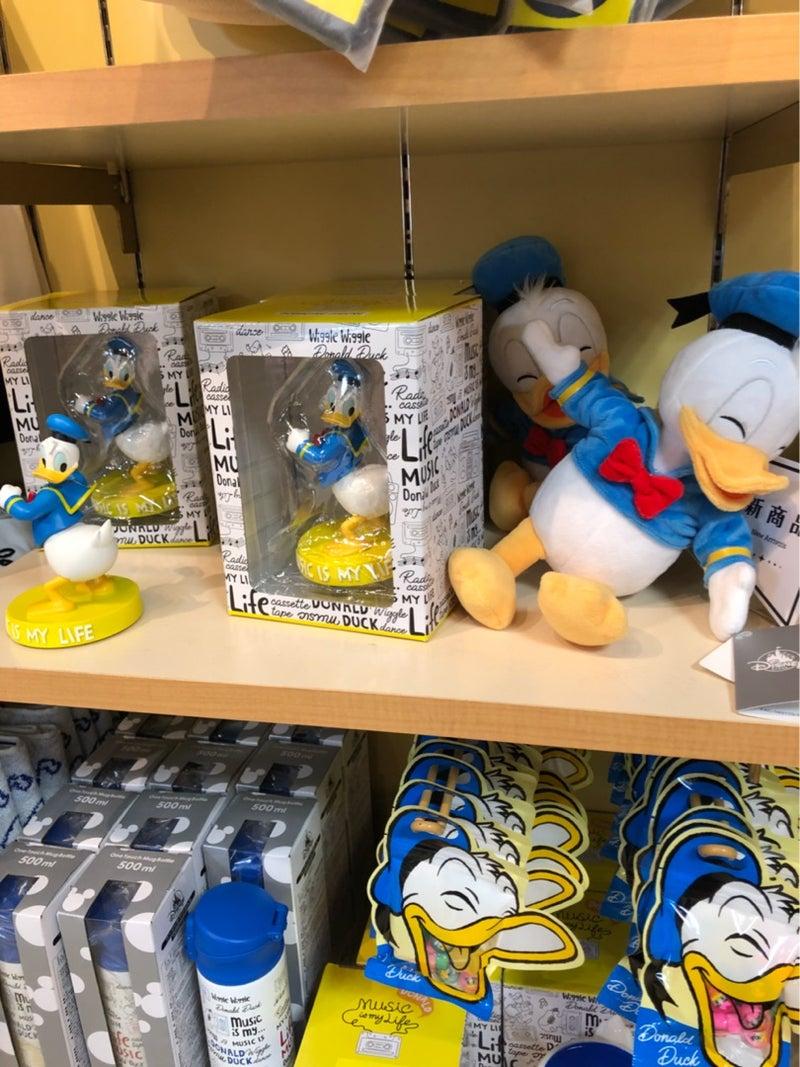 ドナルド生誕祭]ディズニーストアでドナルドさんグッズを見てきた | 東京