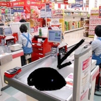 韓国スーパーのレジの記事に添付されている画像