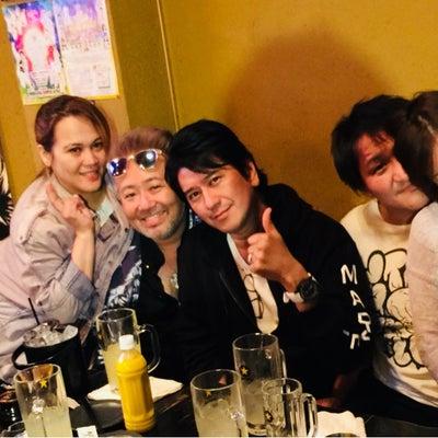 スリムクラブ真栄田と塩谷瞬とカエルの歌を輪唱動画の記事に添付されている画像
