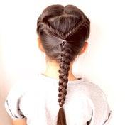 編み込みフィッシュボーンのヘアアレンジ♡