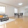 寝屋川市内・人気の閑静な住宅街・家具・小物・照明付・5LDK・フルリフォームのお家の画像