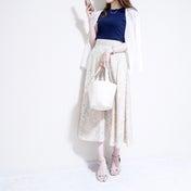 【UNIQLO】2枚買いするほどお気に入り♡上品に仕上がるTシャツ×大人花柄スカート