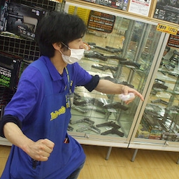 画像 ☆フライングハンドスピナー入荷!!ハンドスピナー、空を飛ぶ☆ の記事より 6つ目