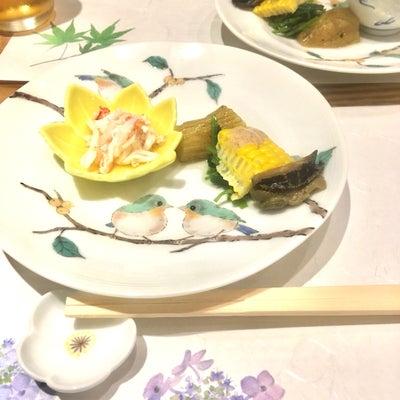 和食と和皿の美しさの記事に添付されている画像