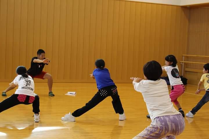 東日本大震災後に行った宮城県での家で簡単に出来るダンスのトレーニング(ボランティア)