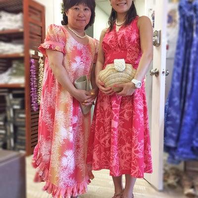 ハワイ挙式参列衣装☆バッグと靴の選び方の記事に添付されている画像