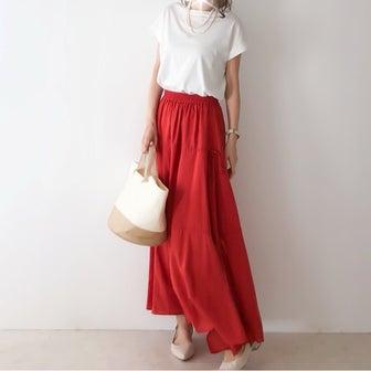 大人っぽく着られるオシャレ見えな990円の白T