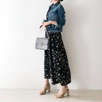 サラッと着られる花柄ワンピース×デニムジャケット