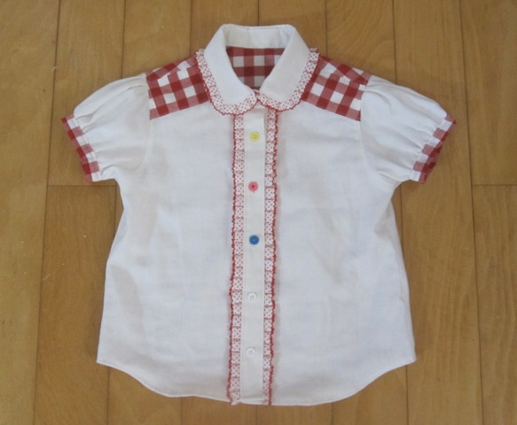 7b2d31462b3e27 子ども用で ヨーク・台衿付きのシャツの型紙って少ないんですよね。 本の作り方 ...