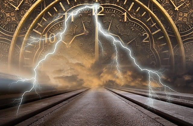 未来は過去の延長ではなく、現在の延長に未来があります サードアイ朱雀 霊感・霊視