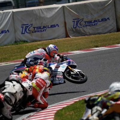 第5戦 全日本ロードレース選手権 筑波 レース2/岡崎静香選手の転倒の記事に添付されている画像