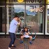 ピッチャーの山村宏樹さんと放送の画像