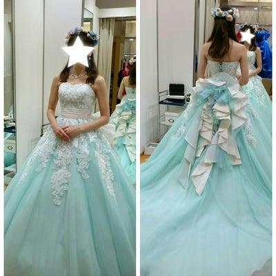 〈ドレス試着〉迷宮の国のカラードレスの記事に添付されている画像