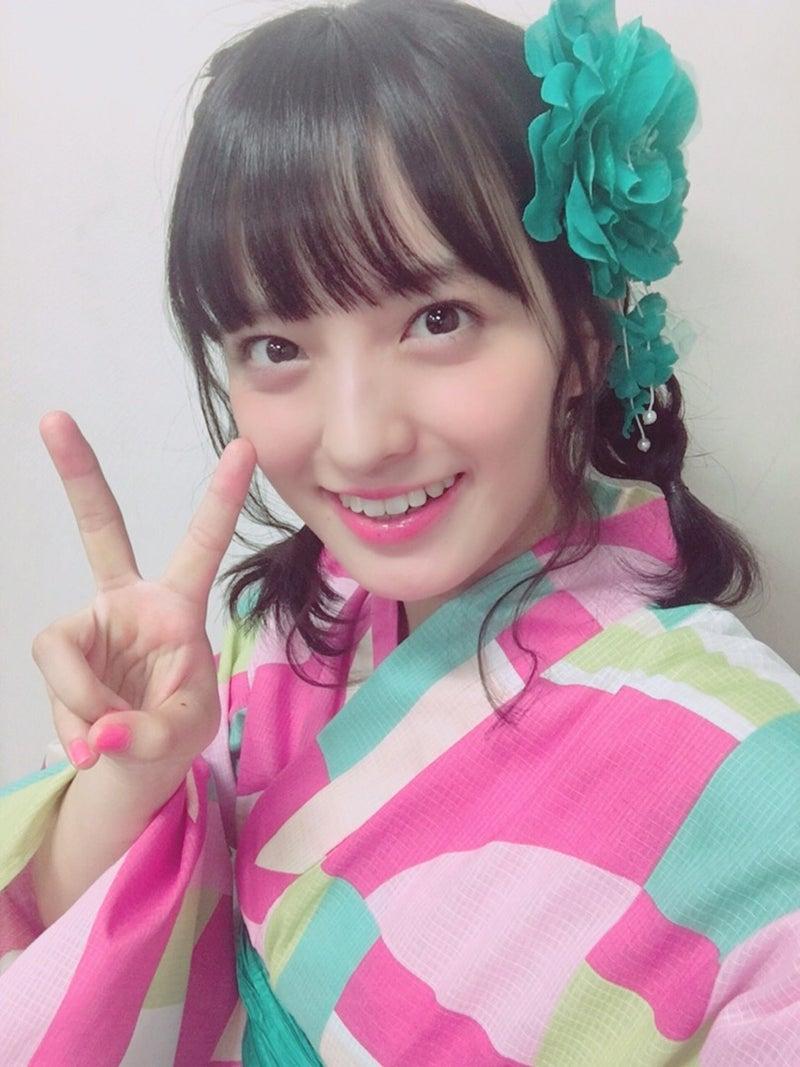 ピンクの浴衣を着ている清井咲希