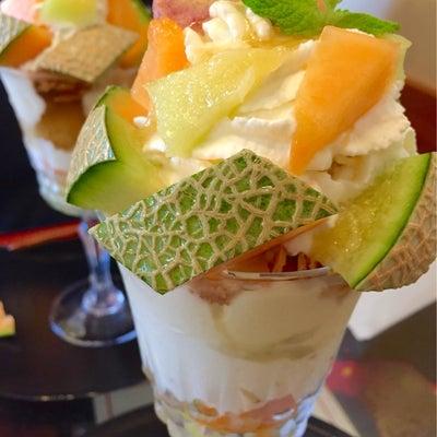朝食後のデザート ~メロンパフェ~の記事に添付されている画像