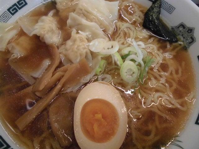 ワンタン麺3