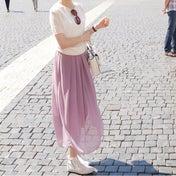2色揃えるほどお気に入り♡スニーカーとも相性抜群な大人フレアスカート
