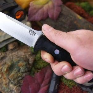 アウトドアナイフを安全に使うときの注意点の画像