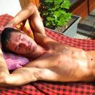 暑くて寝苦しい日こそ、入浴が快眠のカギ! シャワーだけで済ませるよりよく眠れます!の記事より