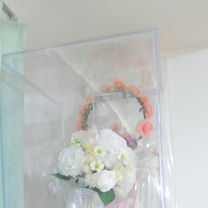 結婚式のブーケとブートニアの飾りの完成の記事に添付されている画像