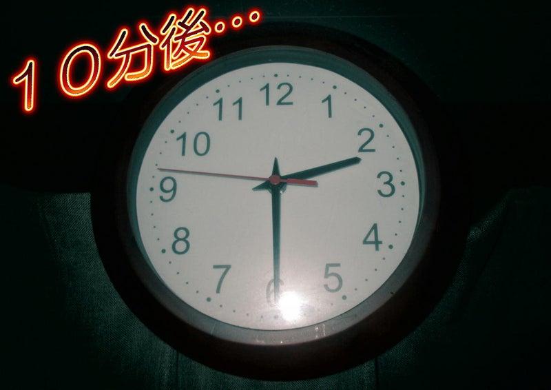 【ホラー】深夜2時20分に鳴り響くインターフォン音…ドアノブを回し開けようとする黒い影…06