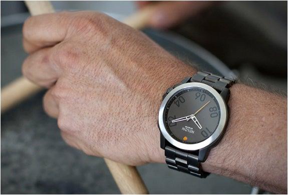 various colors 464f7 2b84c キャンプなどアウトドアの時計として、NIXON(ニクソン)を ...