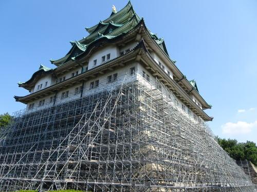 石垣調査中の名古屋城