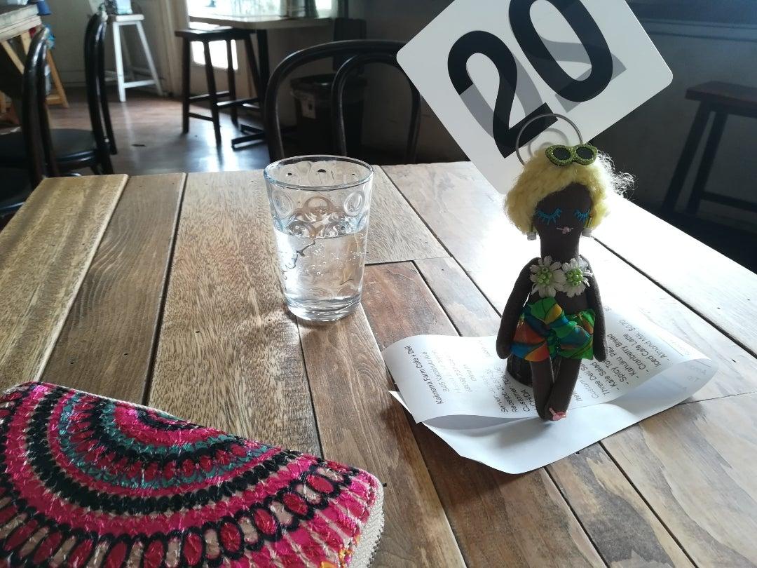 【旅するドールのハワイ旅紀行】カイマナファームカフェでランチタイム