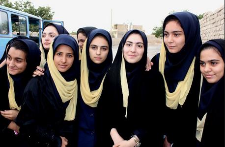 ドイツ:ムスリム若者組織広報「...