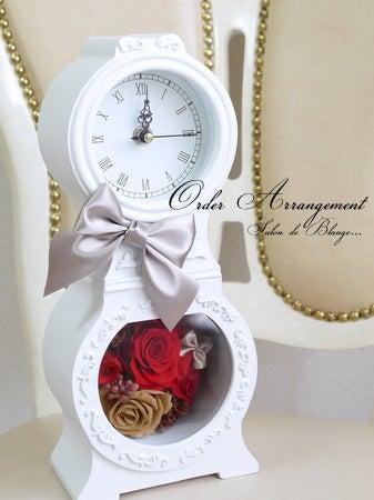 モールディングが素敵な花時計♡