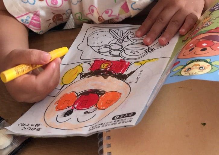 塗り絵状況クレヨン編 日々子育てで日記を書かずに寝落ちするので