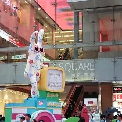 これ何?!(^o^)香港街歩きで見つけた モールのおもしろディスプレイの記事に添付されている画像