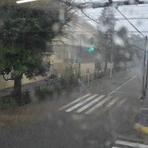 すさまじい轟音と風雨