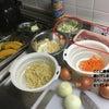 台所 置き場所の確保 パズルのピースを埋め込んでいくように調理を進めるの画像