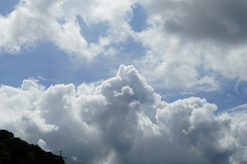 夏の空…雲と川の風景と共に   ひ...