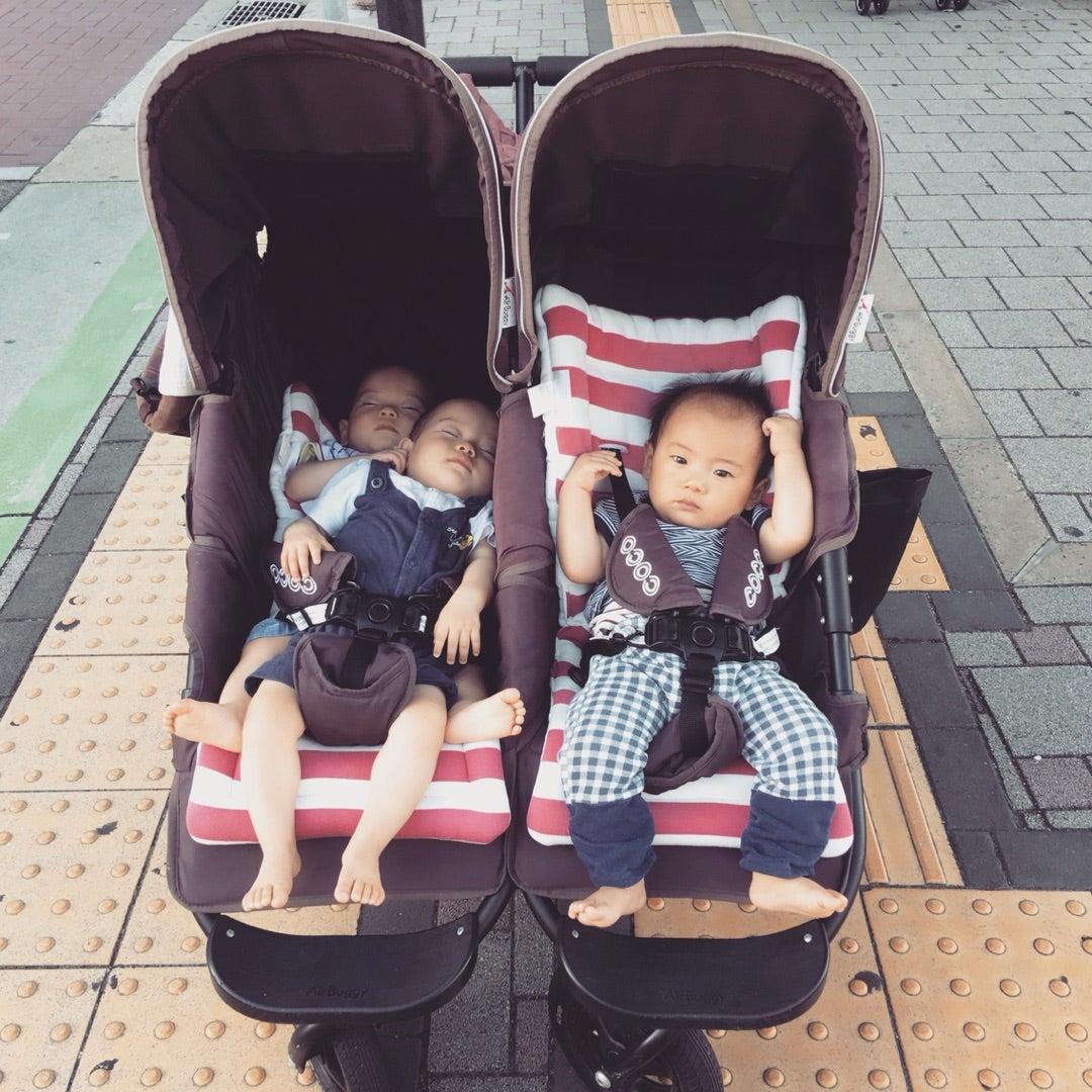 ノンスタイル石田さんの双子ベビーカーの件