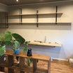事務所の壁に棚を作った。