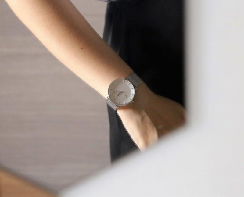 ミニマル腕時計