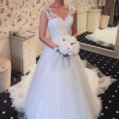 ドレス探しの旅9_リーフレースドレスの記事に添付されている画像