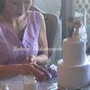可愛いクレイのウェディングケーキもうじき完成!の画像